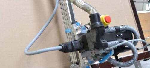 Investering i stemmestyret Amigo-robot