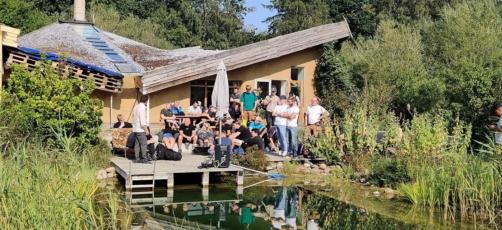 Bæredygtig husbygger på 20. år: De unge håndværkere har nøglen til bæredygtigt byggeri i stor skala
