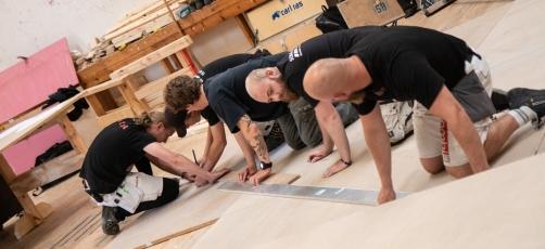 Tømrerelever i samarbejde med kendt arkitektstue: Bygger Harald Blåtands Stol