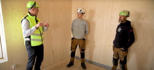 Kom med på byggepladsbesøg (video): Toetagers CLT-byggeri